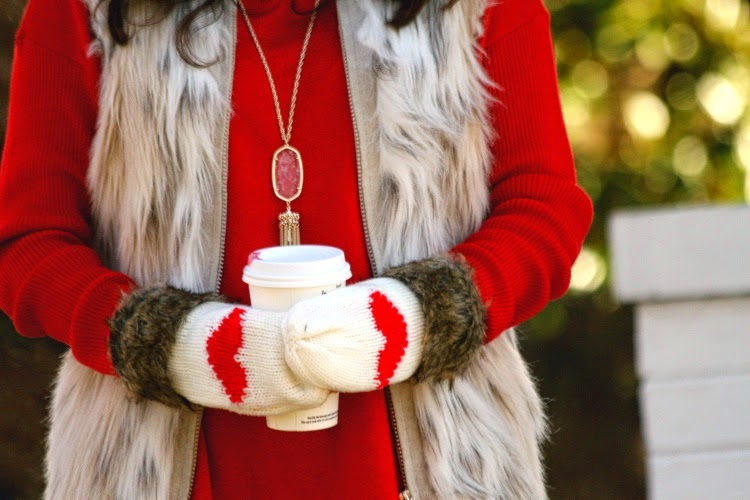 heart mittens, oasap heart mittens, cute valentine's mittens, kendra scott rayne necklace