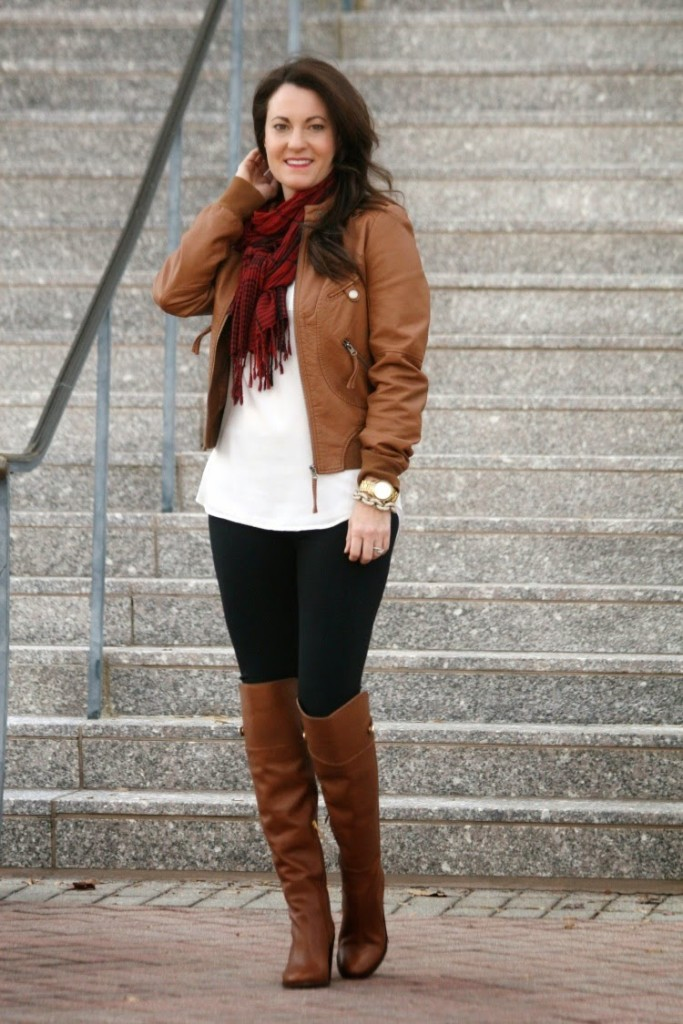 Dressed up boots, leather boots, heeled boots