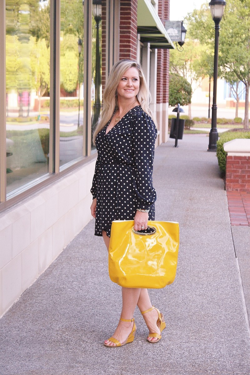 Cute dress to wear to a girls luncheon - Peaches in a Pod