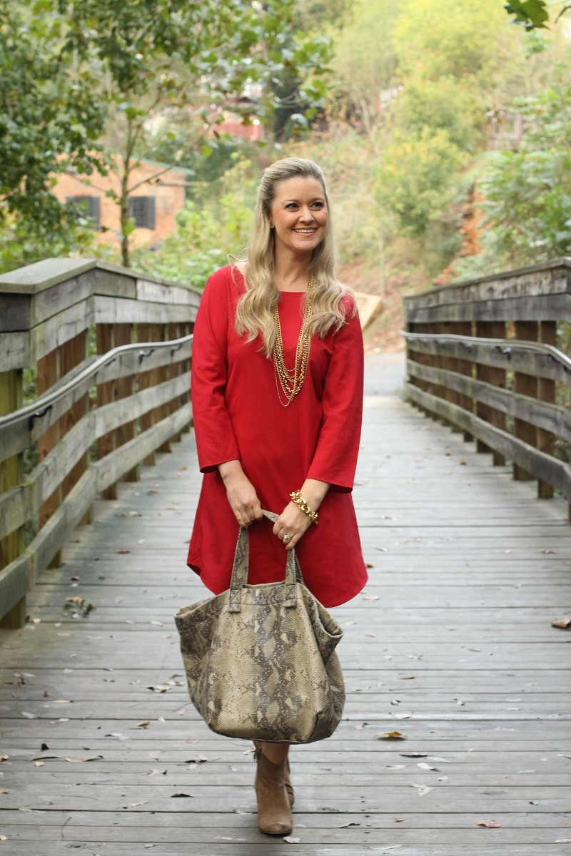 Lady In Red + A Chloe Giveaway!