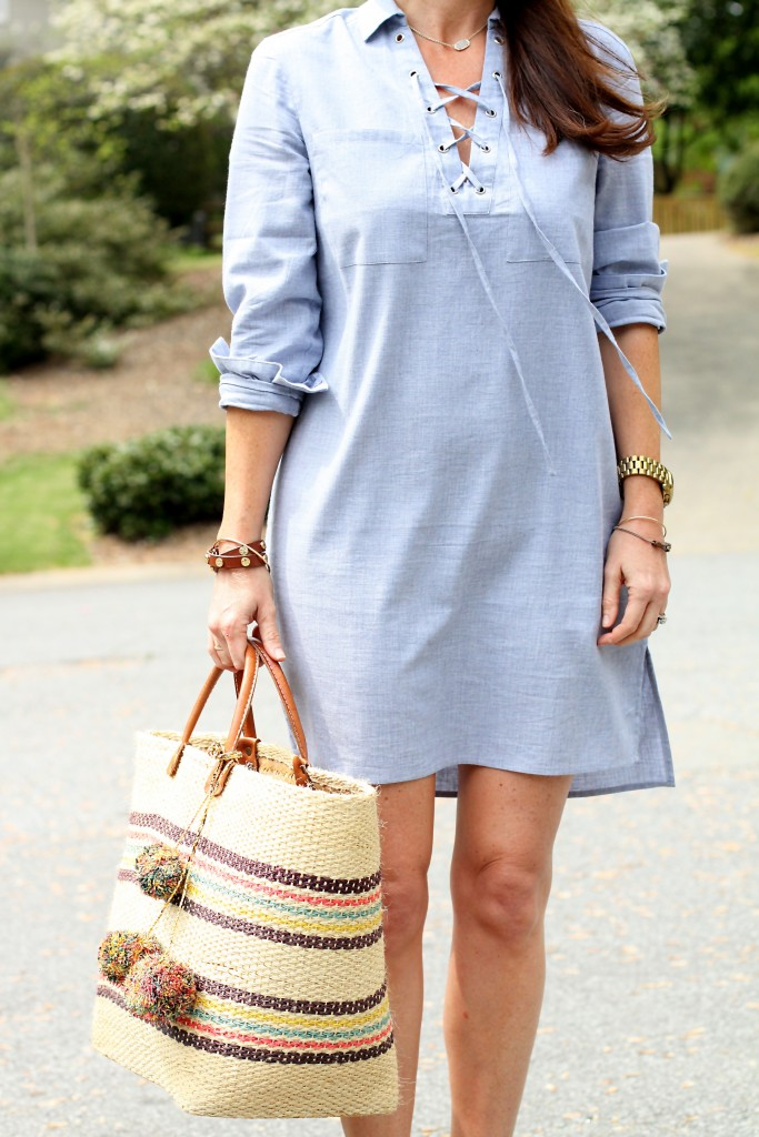Cute Spring dress via Peaches In A Pod Blog.