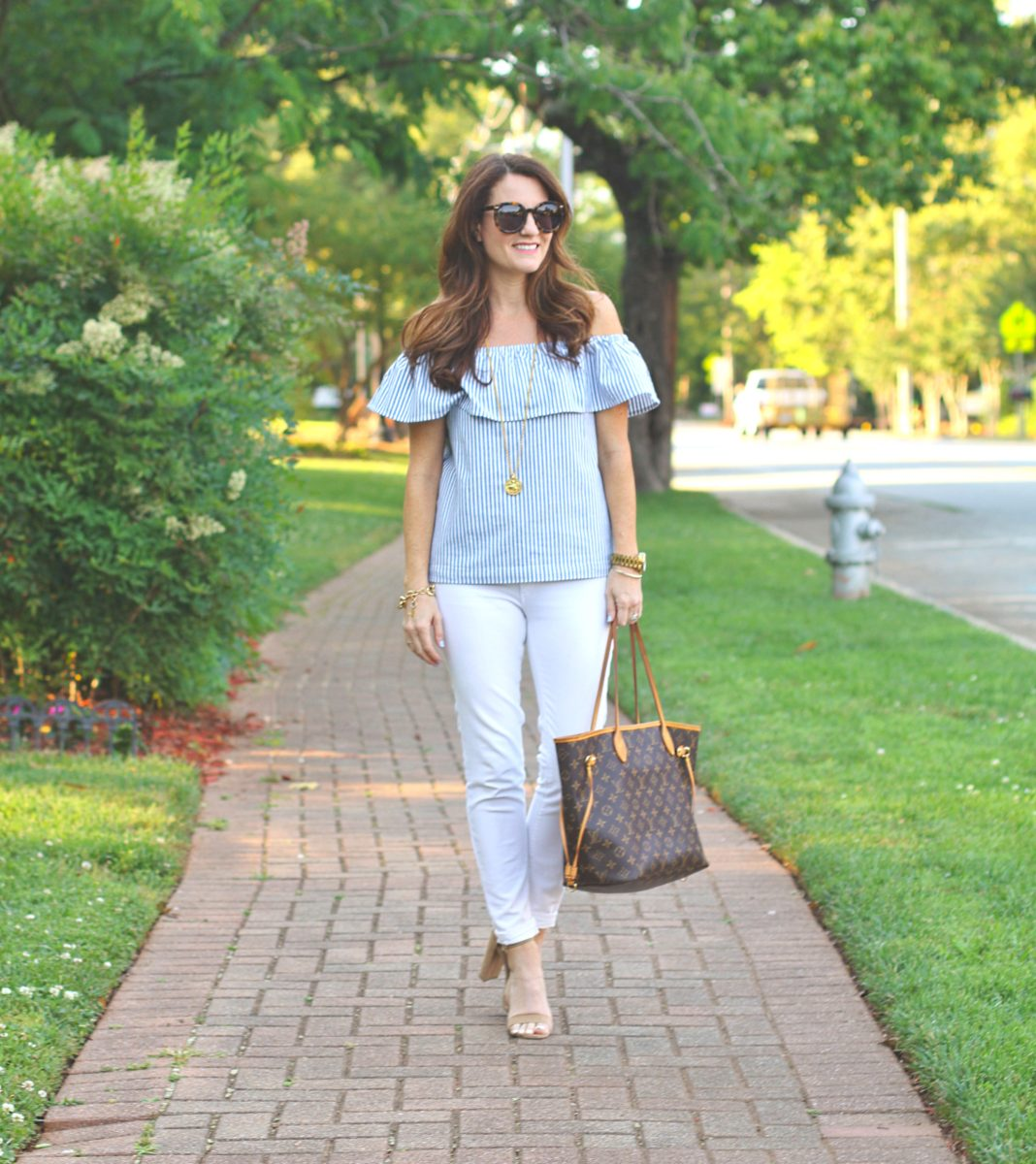 Cute Summer style for women via Peaches In A Pod blog.