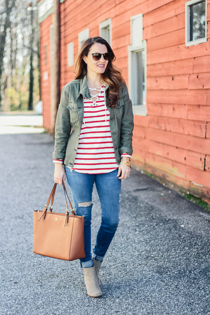 How to dress for early spring via Peaches In A Pod blog. Women's cute spring outfit ideas.