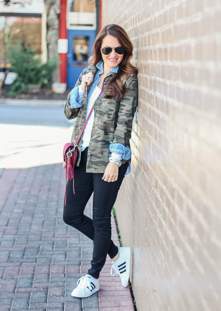 Cute and casual outfit idea via Peaches In A Pod blog.