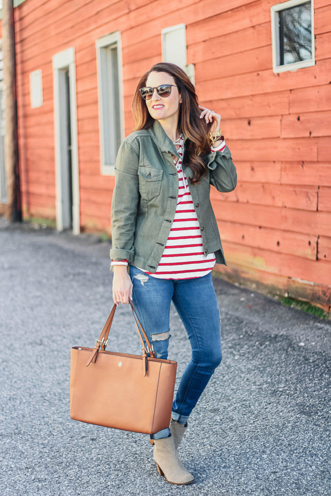 The perfect spring outfit idea via Peaches In a Pod blog. Striped tee, military jacket and ankle boots.