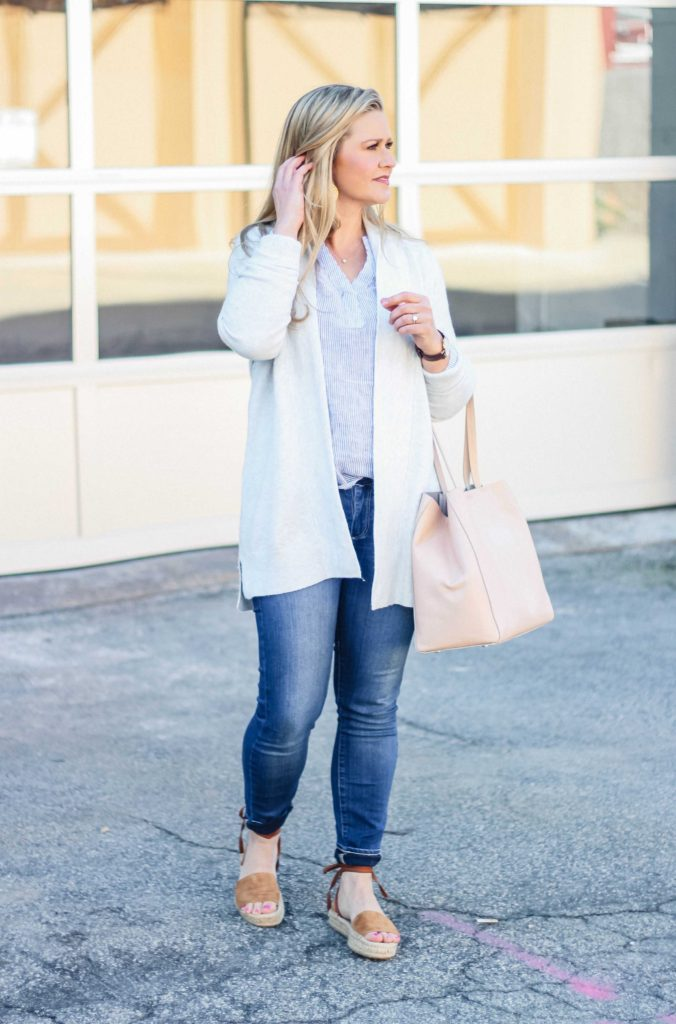 How to dress for early Spring with a great pink bag and flatform sandals. - Peaches in a Pod