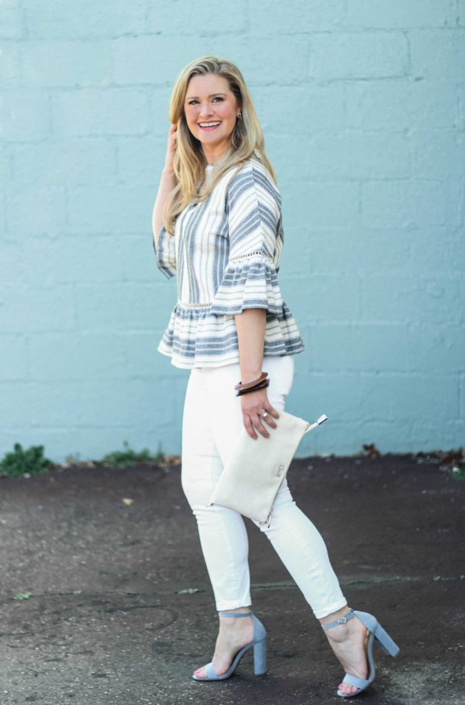 How to wear white jeans in the Spring.