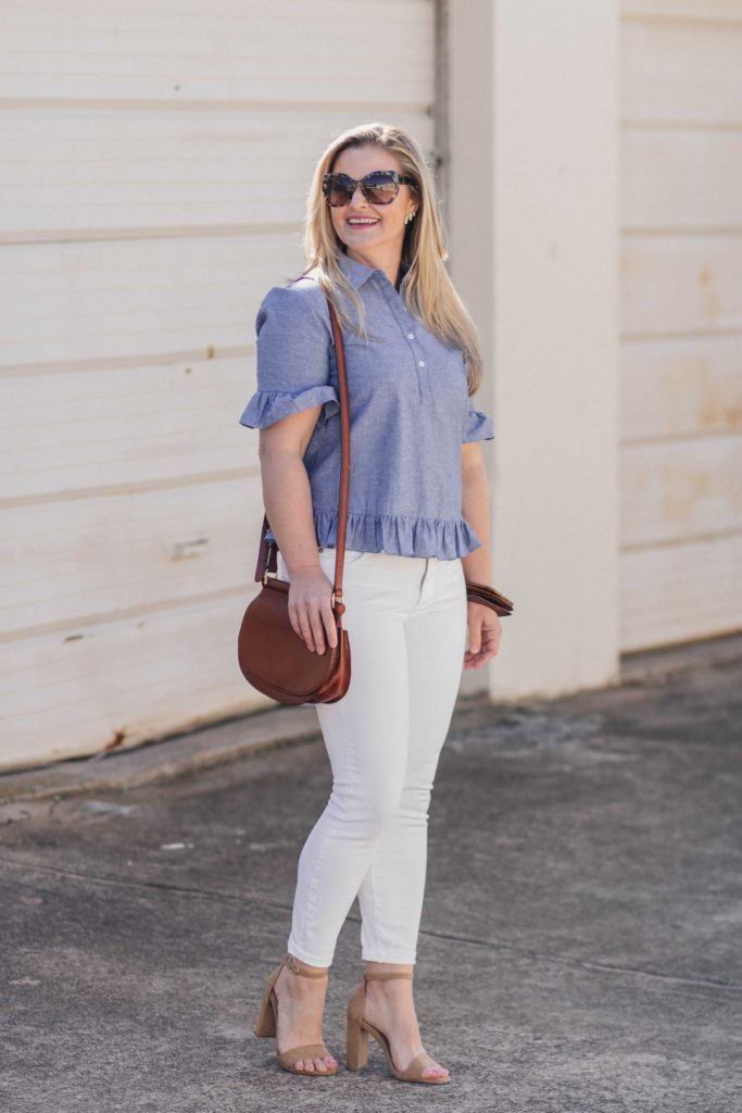 How to wear white jeans in the spring with the perfect ruffle sleeve top.