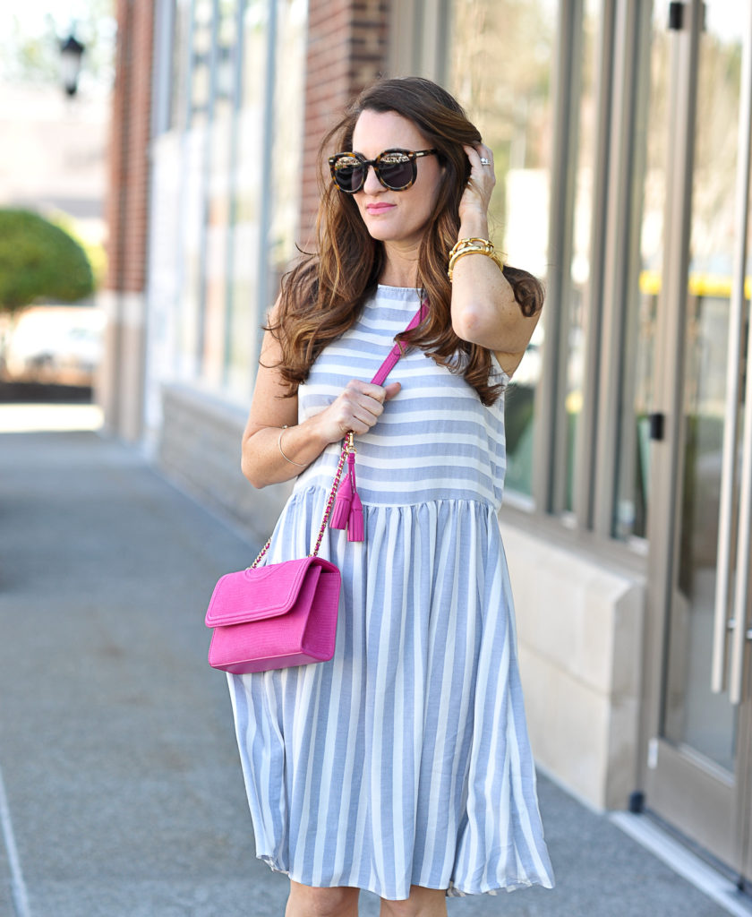 Cute sundress for spring via Peaches In A Pod blog.