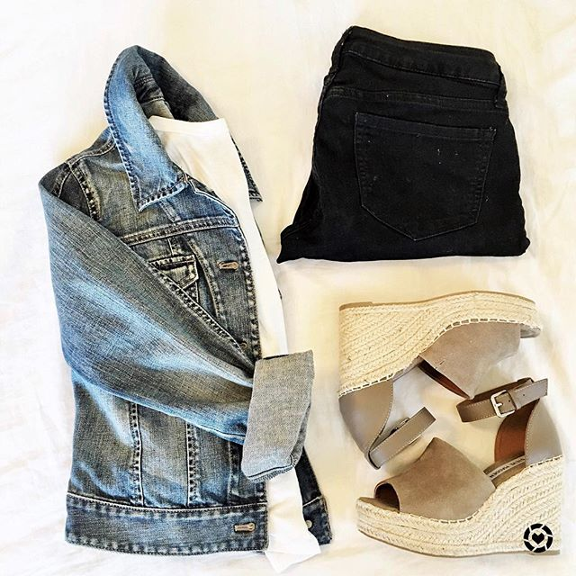 How to wear black jeans in the Springtime. Paired with a denim jacket and cute platform wedges.