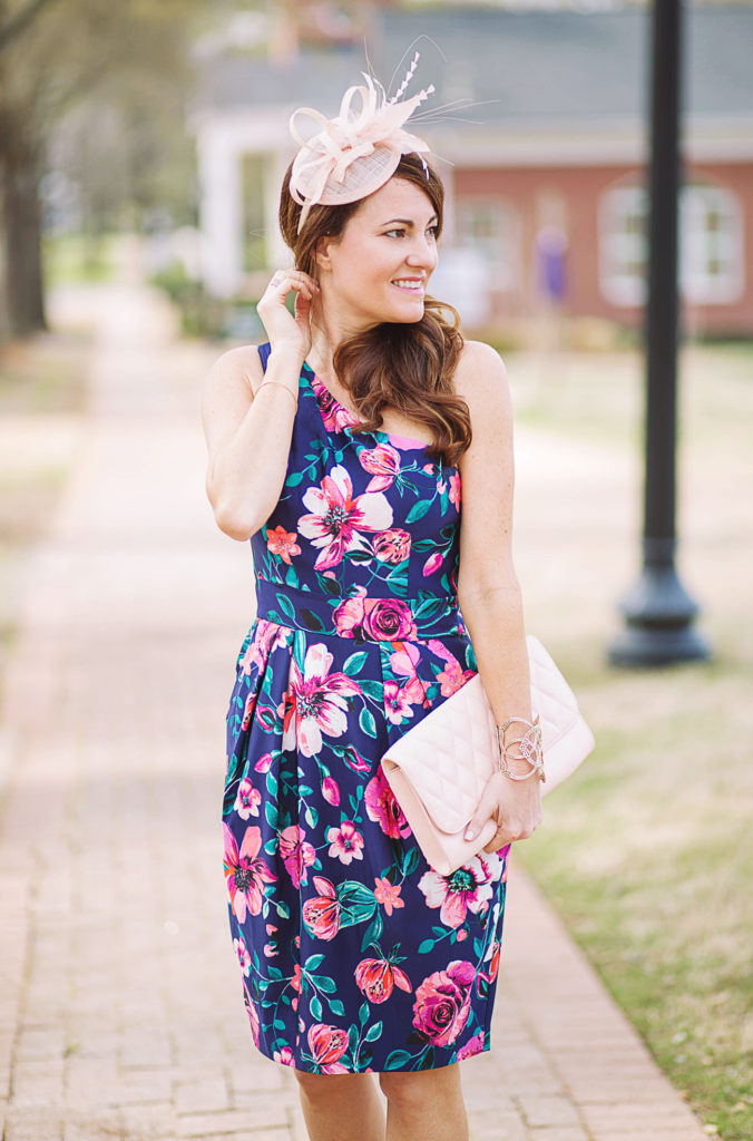 Cute Kentucky Derby dress idea via Peaches In A Pod blog.