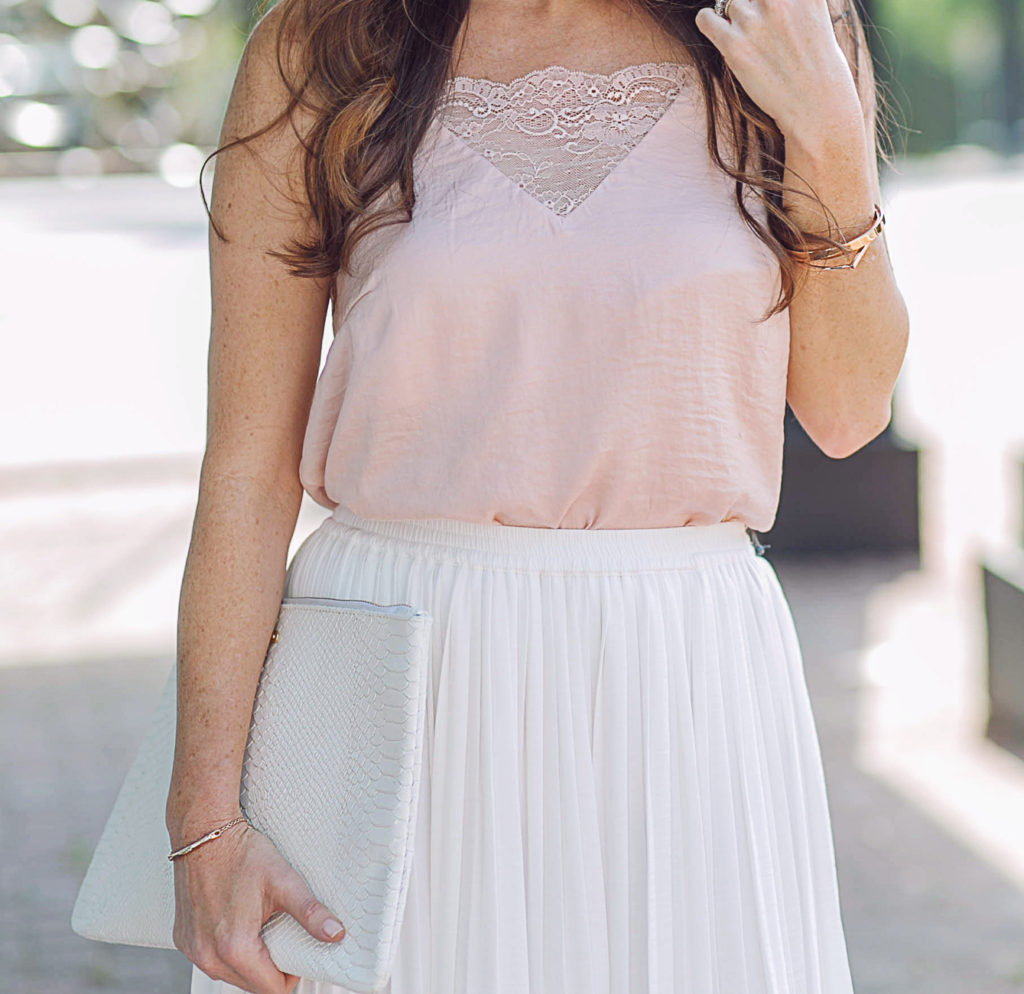 Pretty pink cami top via Peaches In A Pod blog.