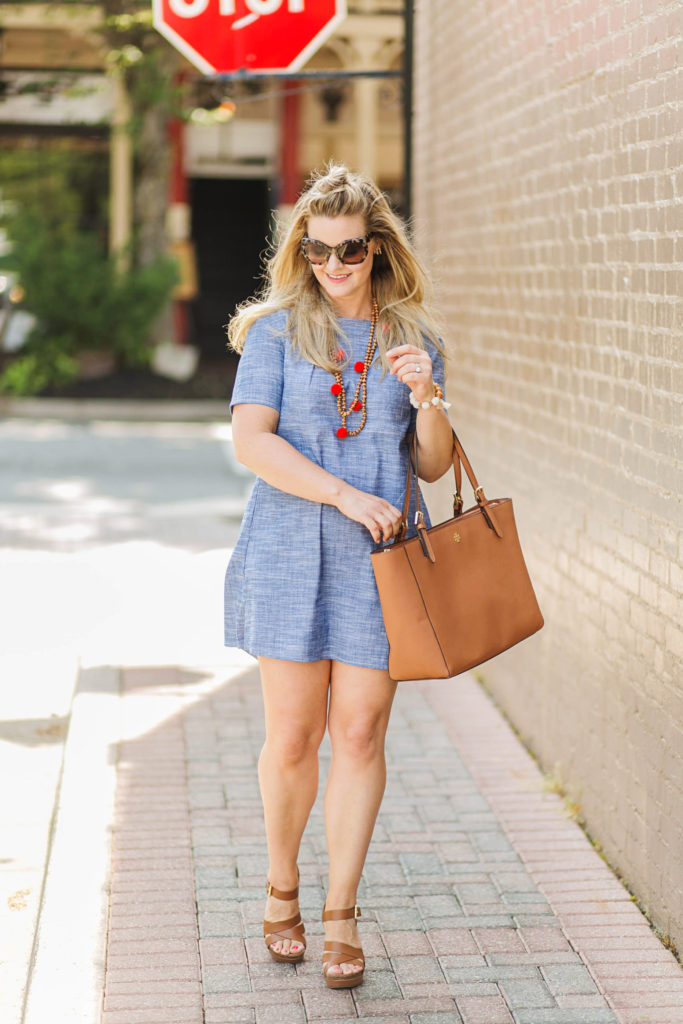Cute petite friendly chambray shift dress that is perfect for summer.