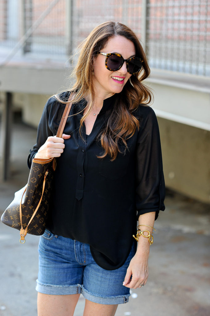 My summer must haves: the black tunic and denim shorts via Peaches In A Pod blog.