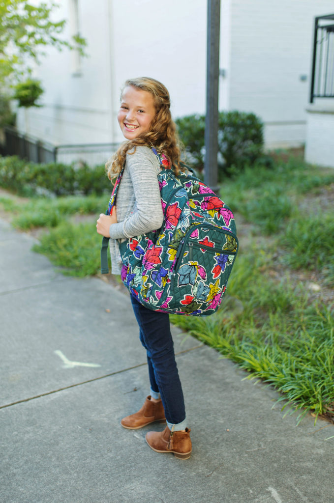 What to wear back to school via Peaches In A Pod blog.