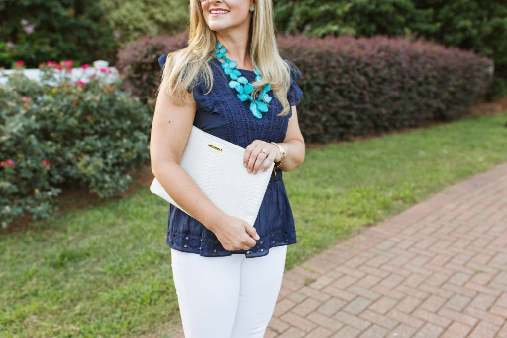 How to pair navy blue and turquoise together for a great summer outfit.