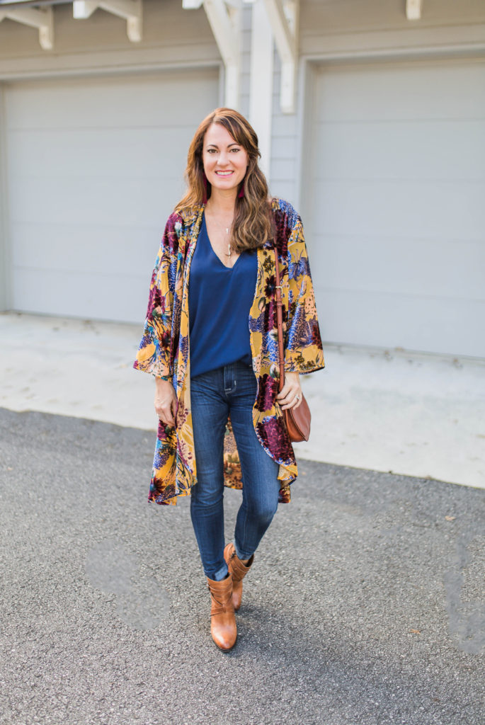 Women's fall fashion ideas via Peaches In A Pod blog.