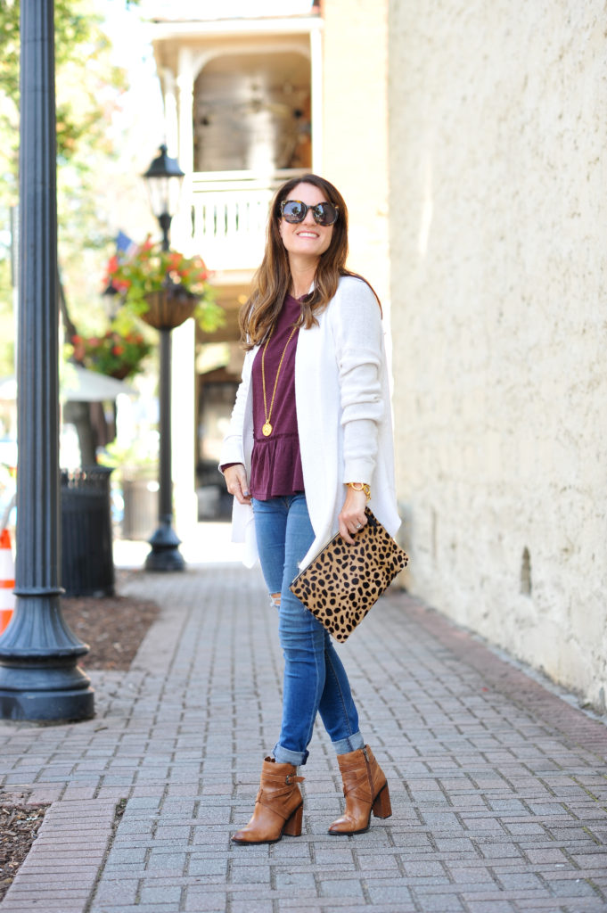 What to wear this fall via Peaches In A pod blog.
