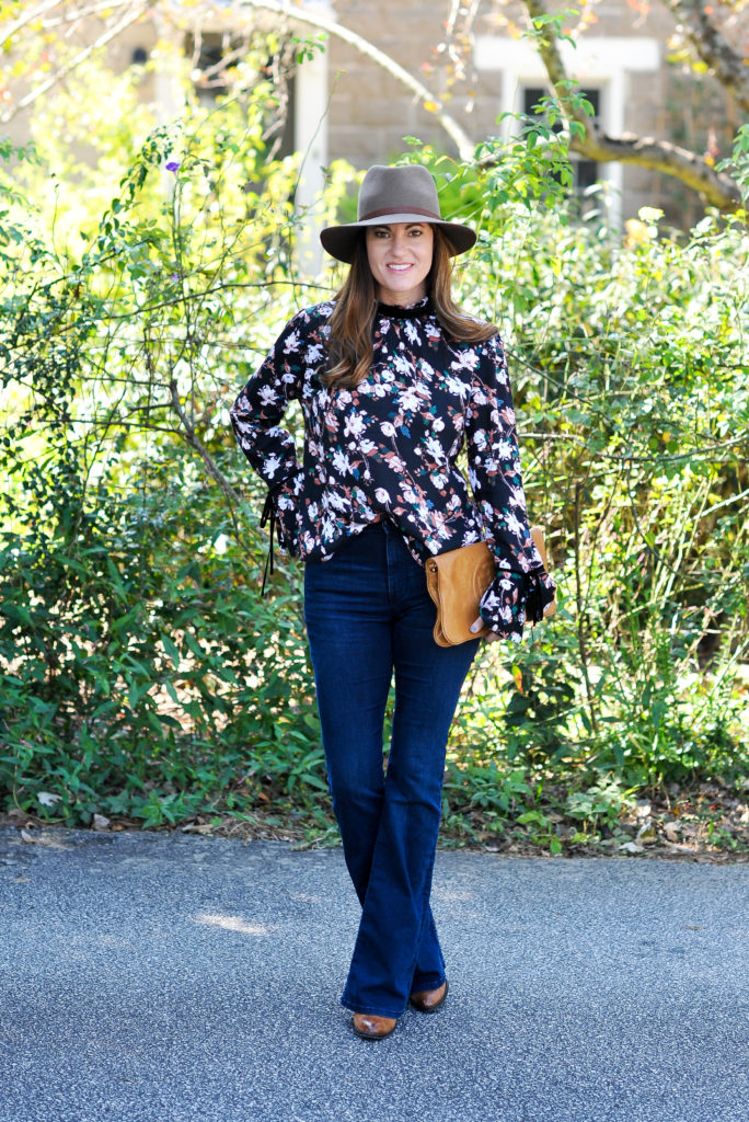 Floral print top for fall via Peaches In a Pod blog.