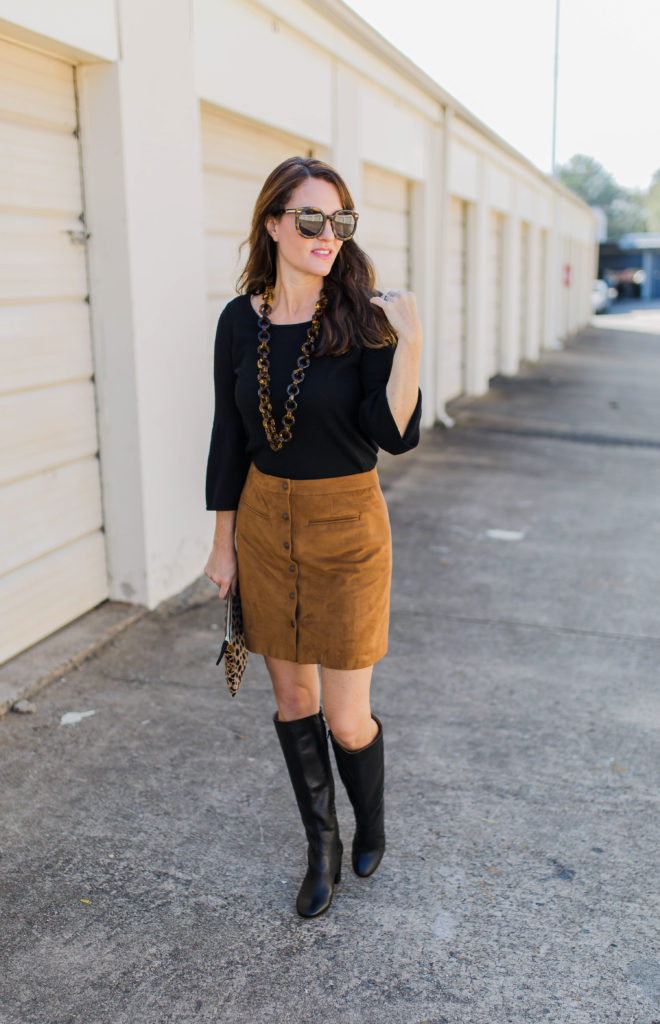 Suede skirt outfit idea via Peaches In A Pod blog. What to wear Thanksgiving.