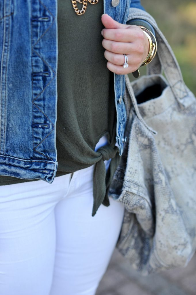 Tie front top that is perfect for fall