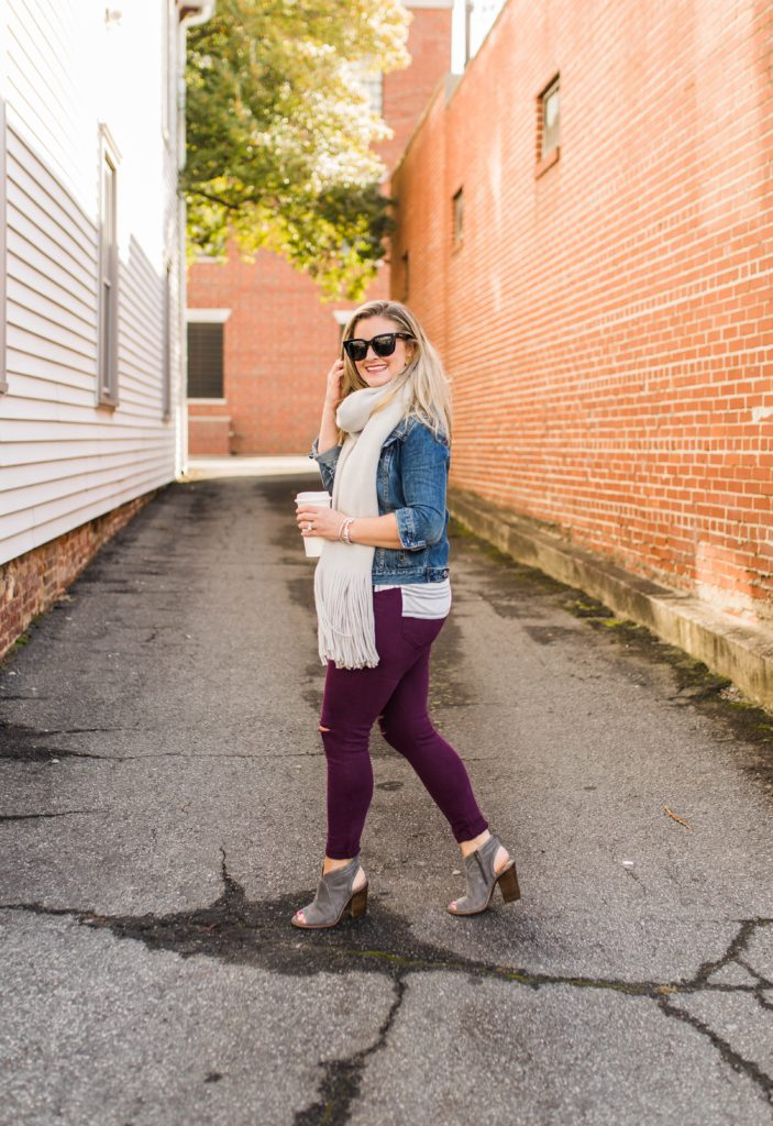 Cute fall outfit that is perfect for petites.