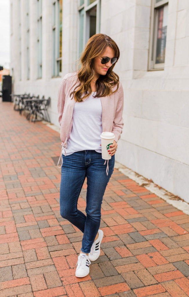 Women's casual weekend wear via Peaches In A Pod blog.