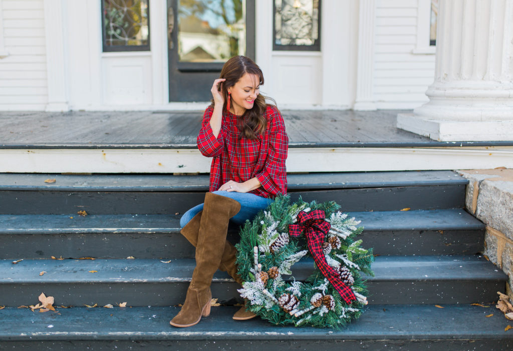 Casual Christmas style via Peaches In A Pod blog.
