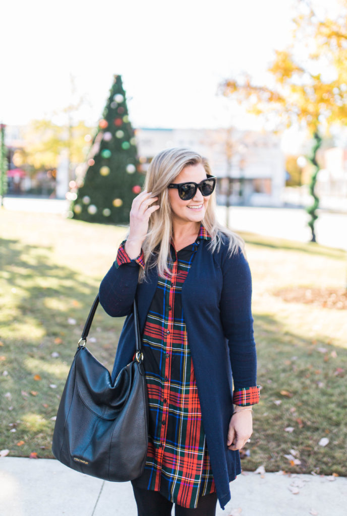 Cute long sleeve plaid dress that is perfect for Christmas Day.