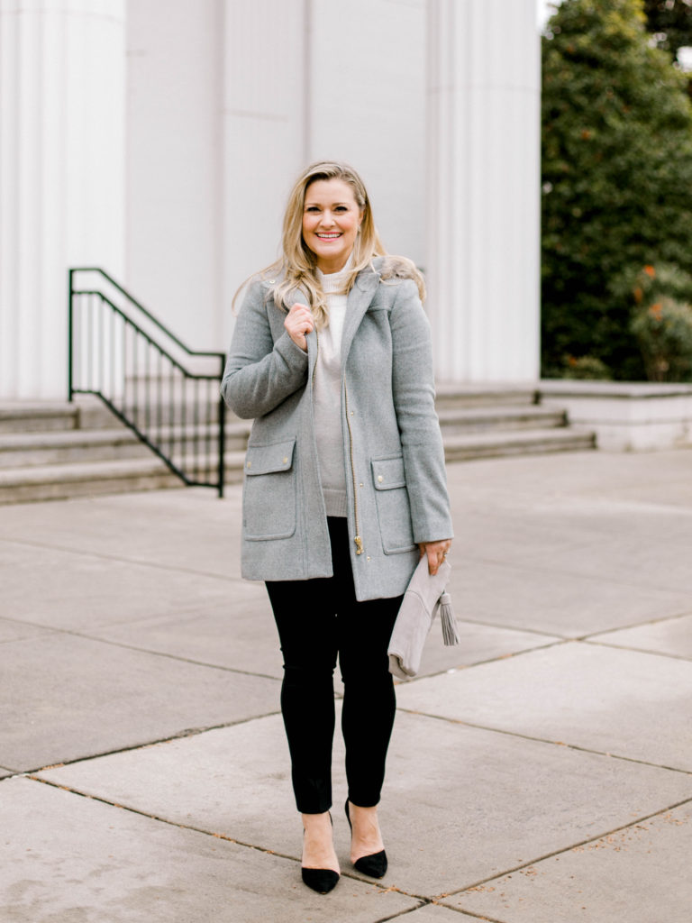 Cute gray wool Coat that is perfect for winter