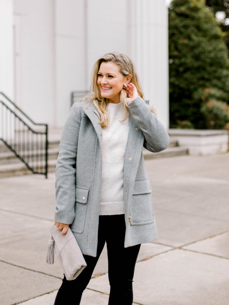 Cute winter jacket with a faux fur hood.