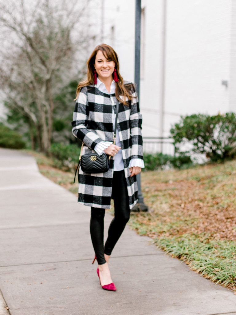 Winter outfit ideas for women via Peaches In A Pod blog.