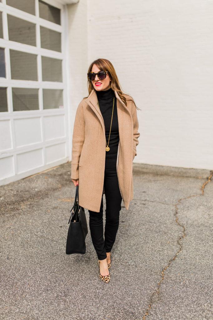 Women's winter coat outfit idea via Peaches In A Pod blog.