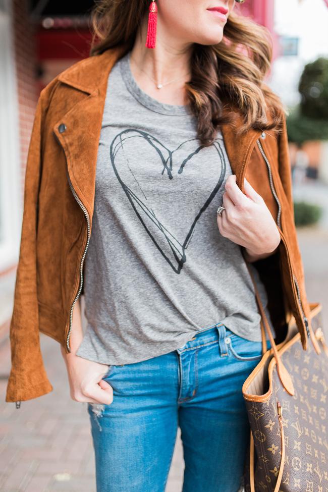 Women's Valentine's Day style via Peaches In A Pod blog.