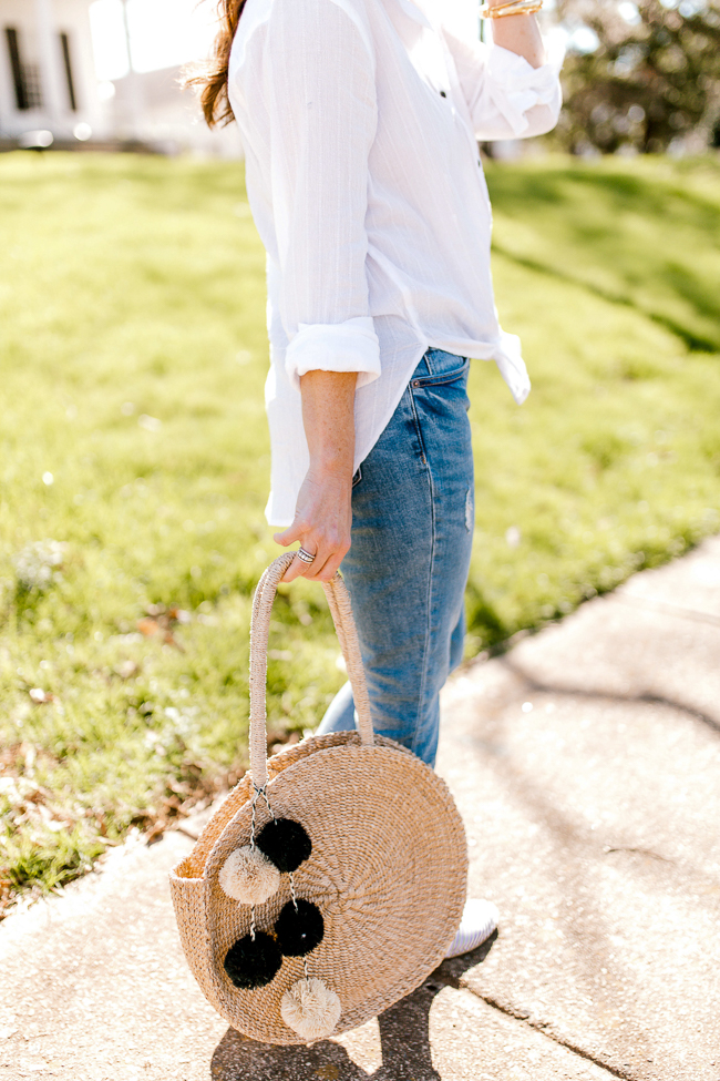 Cute straw circle bags for women the hottest trend for Spring and Summer.