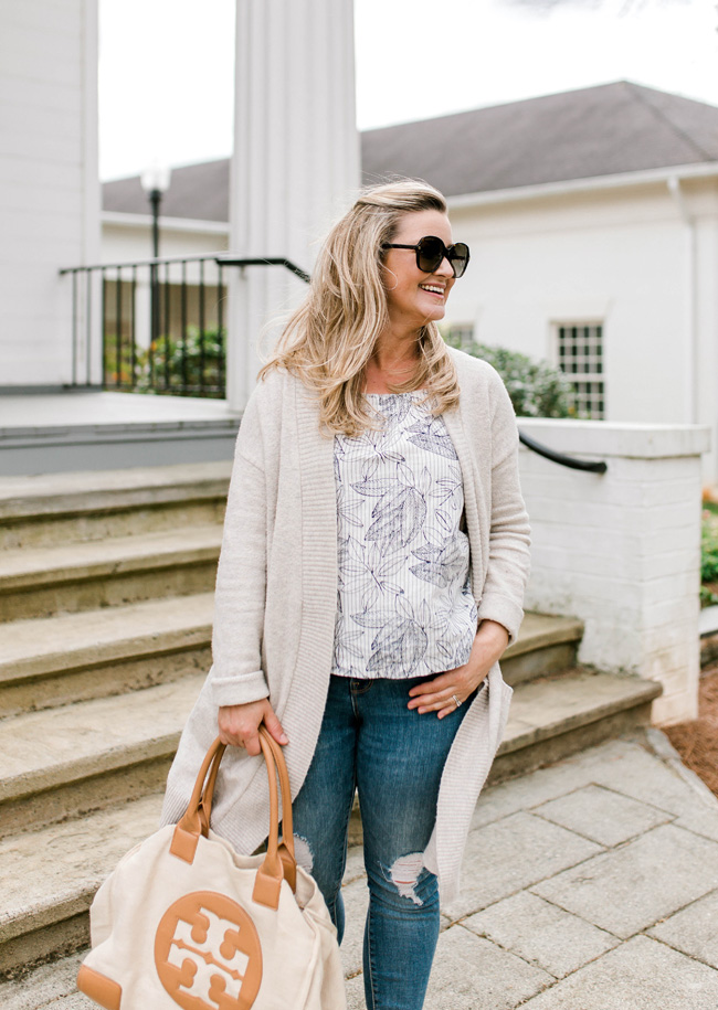 How to look casual and cute when your a mom