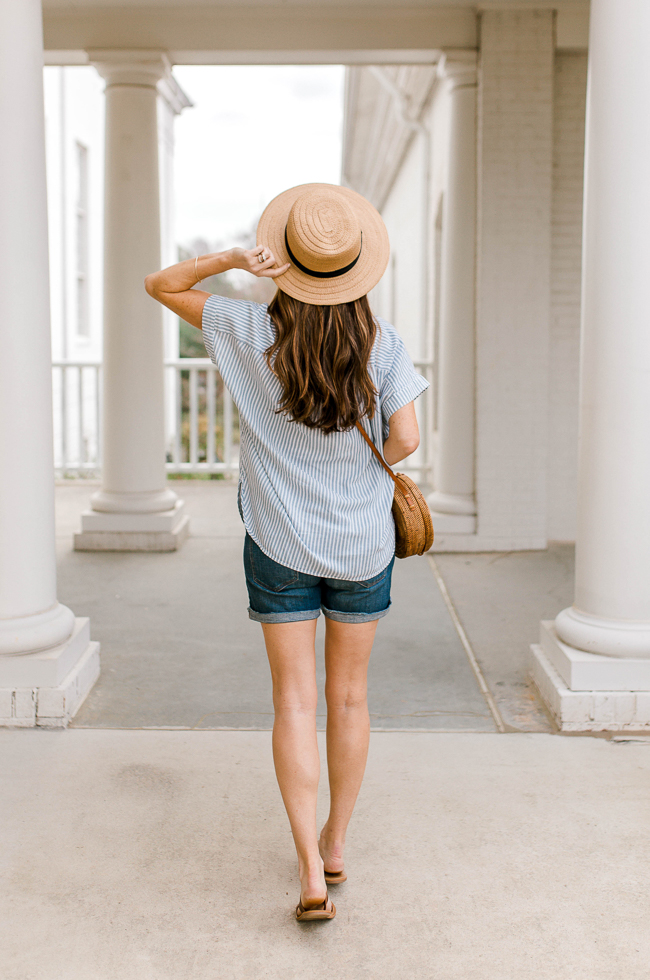 Cute and casual Spring outfit idea for women via Peaches In A Pod blog. How to wear a straw boater hat this Spring.