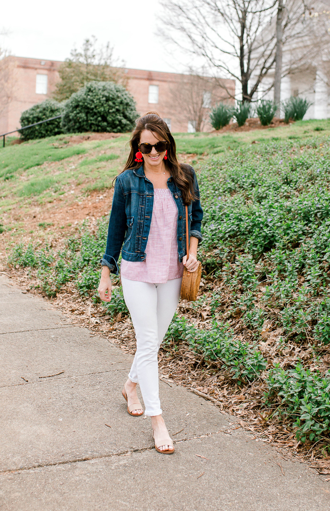 Cute and casual everyday Spring style for women via Peaches In A Pod blog.