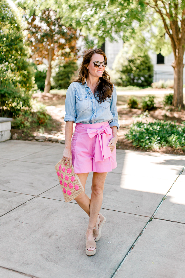 How to wear colorful shorts this Summer via Peaches In A Pod blog. J. Crew Factory bow shorts.