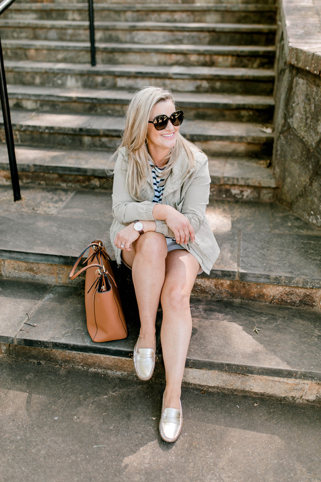How to wear gold metallic shoes without looking overdone