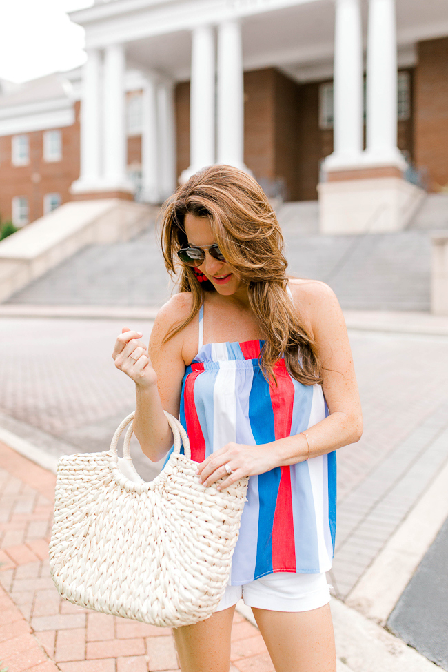 Cute and casual summer style via Peaches In A Pod blog.